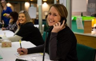 AL employees volunteer at the 8th annual Radiothon for The Moncton Hospital / Les employés de la Loto font du bénévolat au 8e Radiothon annuel pour L'Hôpital de Moncton